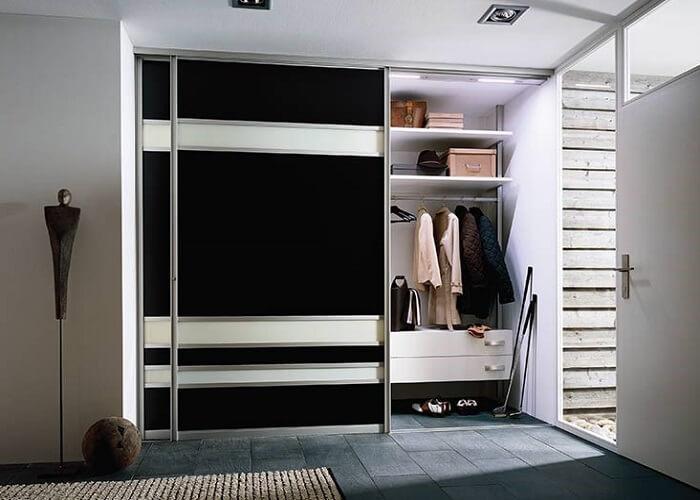 Шкаф для прихожей